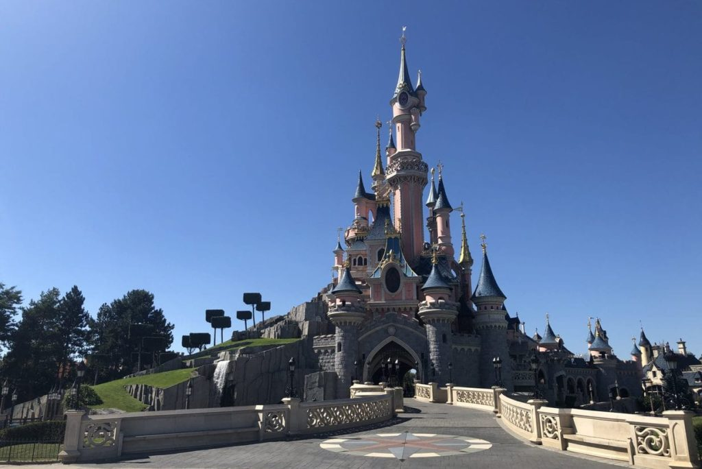 Disneyland Paris closes hotels or postpones opening